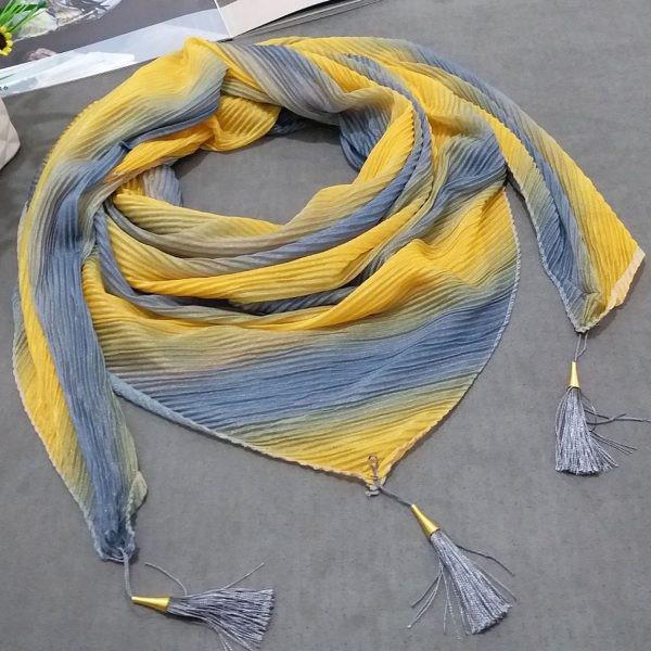 رنگ سال شال و روسری در 1400 چیست؟