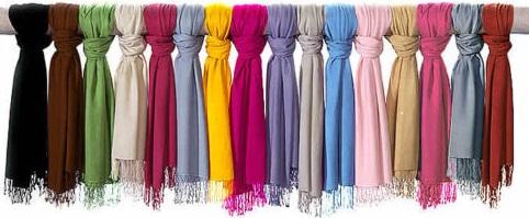 راهنمای انتخاب شال و روسری متناسب با رنگ چشم