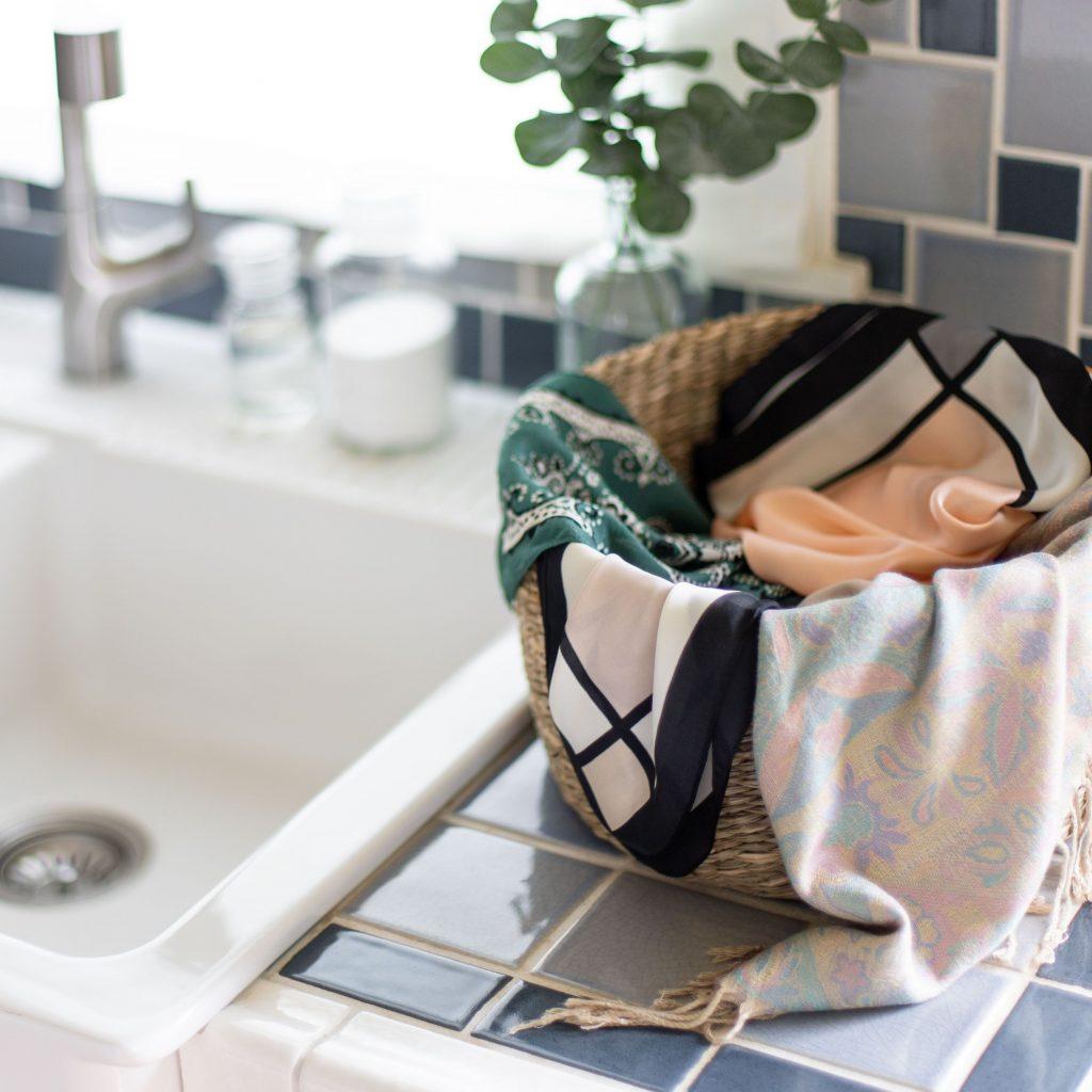 نکات کلی برای نحوه شستن روسری نخی ، پشمی ، ابریشمی و...